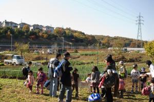 YUGI MURA Farmでヤギとのふれあい